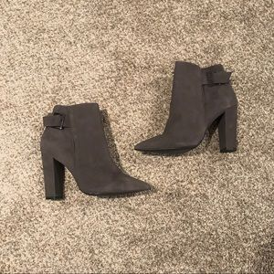 Shoe mint booties triangle toe heeled suede grey